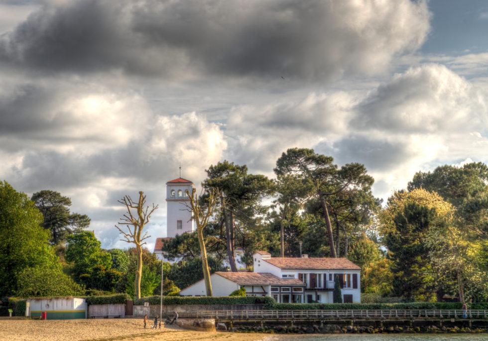 Maison au bord du lac